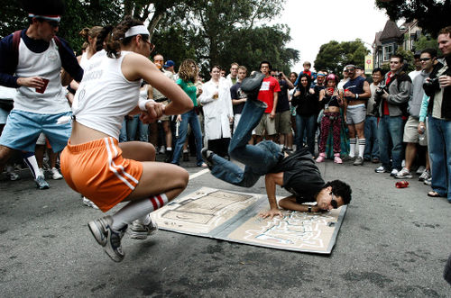 breakdancers during the bay to breakers race in san francisco