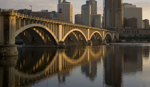 3rd avenue bridge in Minneapolis