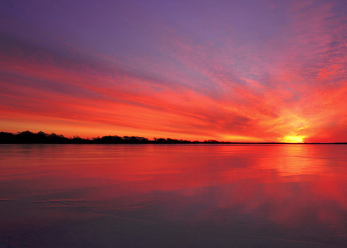 sunrise on gardiner pond in rhode island
