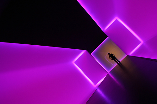 [mb] Flourescent Tunnel 6 by Merrick Brown at flickr.jpg