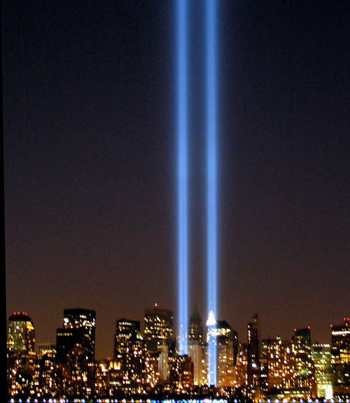 NYC Twin Lights 9/11 Tribute in Lights Memorial 2005 by Sister72 at flickr