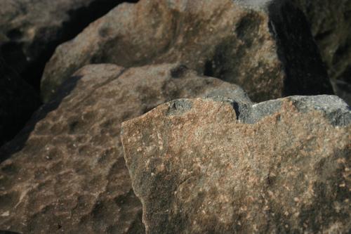 Ringing Rocks County Park by Lisa GH at flickr