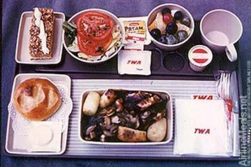 Twa002 - image courtesy of AirlineMeals.net